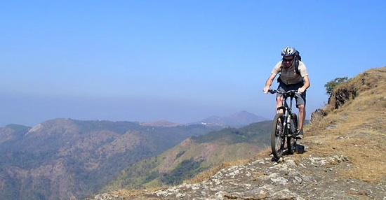 Intermediate level MTB Skills Coaching Session with Ride International