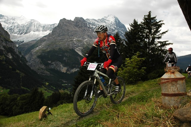 The SKCC Kit Races MTB In Switzerland